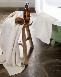 Large Country Towel With Stripes On Ends (Natural)