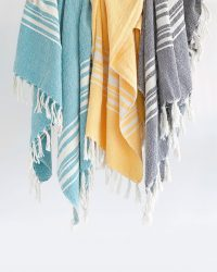 Large Contemporary Towel With Variegated Stripes (Yellow)