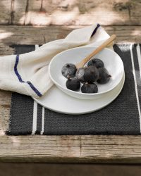 Country Napkin With Variegated Stripes (Navy)