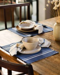 Contemporary Placemat With Stripes On Ends (Indigo)