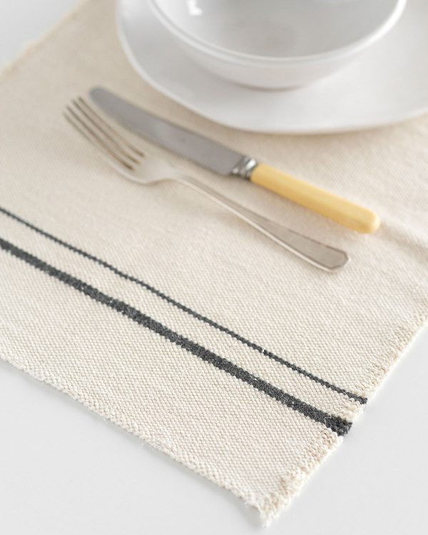 Country Placemat With Stripes On Ends (Charcoal)