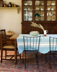 Contemporary Table Cloth With Variegated Stripes (Teal)