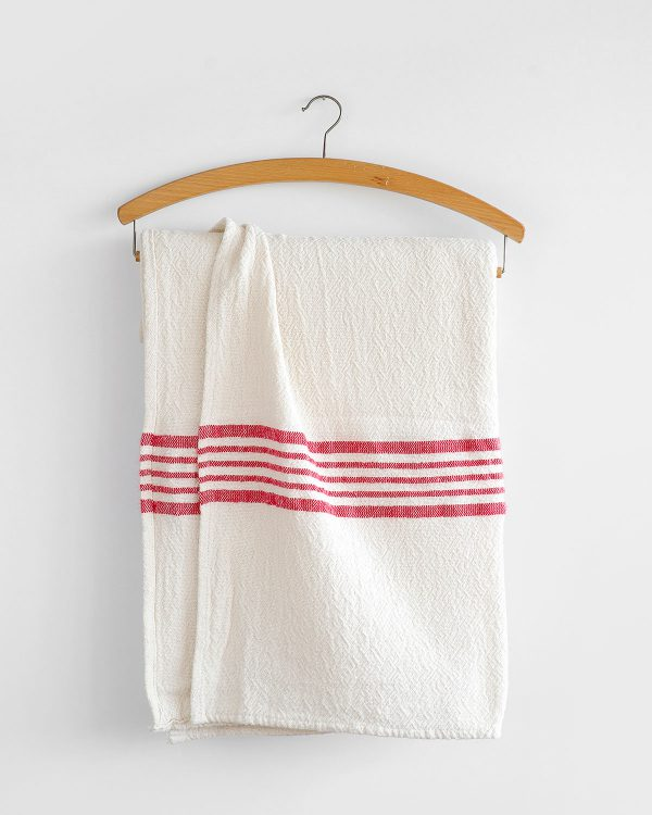 Country Table Cloth With Stripes On Ends (Red)