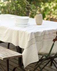 Country Table Cloth With Stripes On Ends (Natural)
