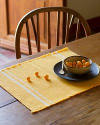 Contemporary Placemat With Stripes On Ends (Yellow)